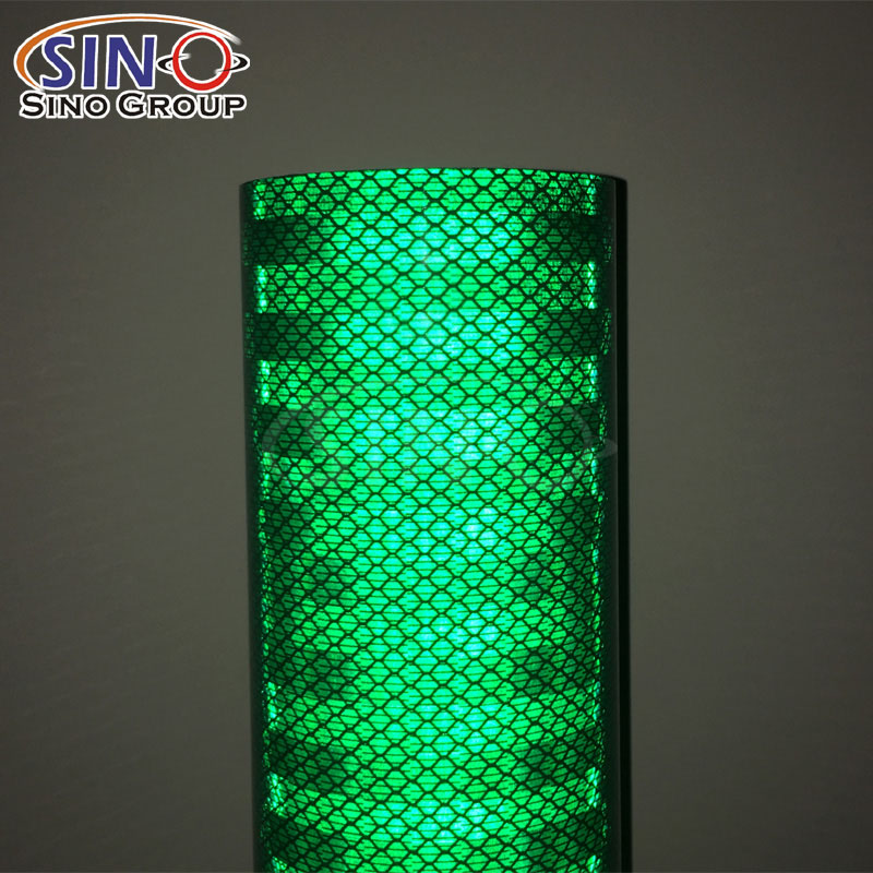 5300 HIP High Intensity Prismatic Grade Honeycomb Reflective Sheeting