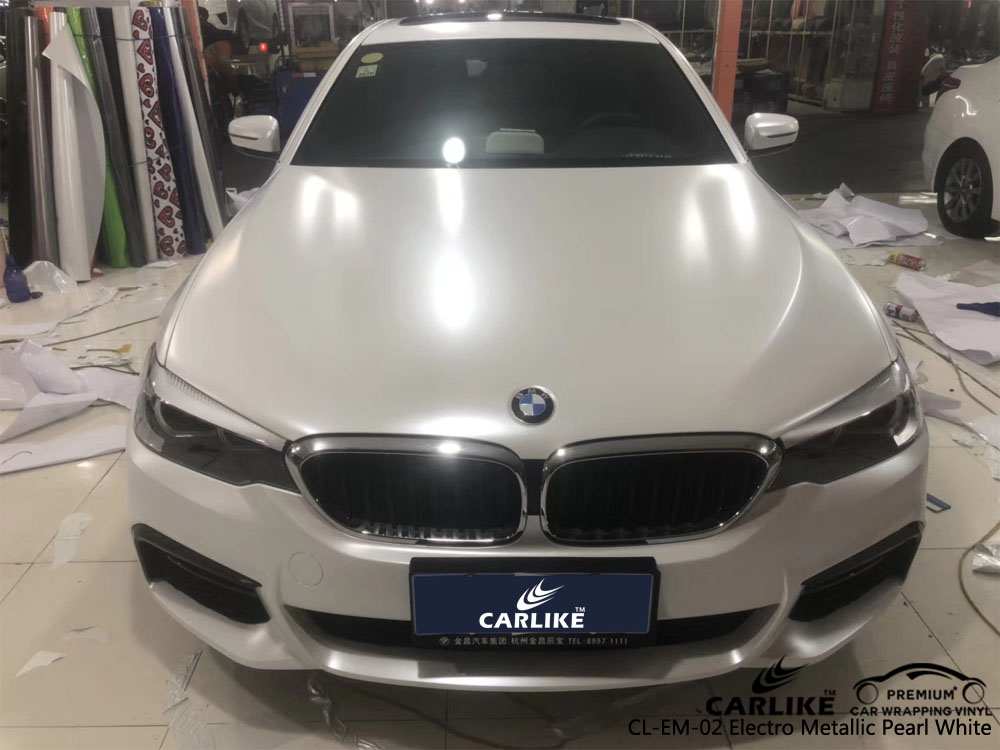 CARLIKE CL-EM-02 PEARL WHITE MATTE ELECTRO METALLIC VINYL ON BMW