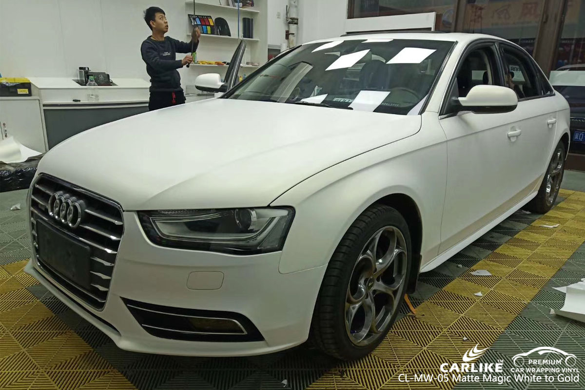 CARLIKE CL-MW-05 MATTE MAGIC WHITE TO GOLD VINYL FOR AUDI